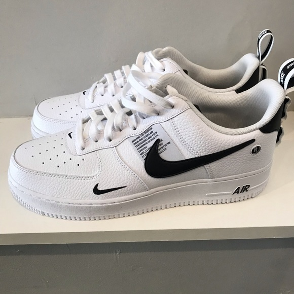 check out 949e4 ed0b9 Air Force 1  07 LV8  Overbranding